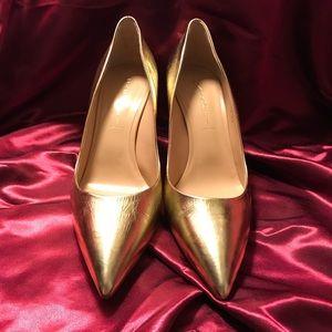 ✨CASADEI Gold pumps ✨